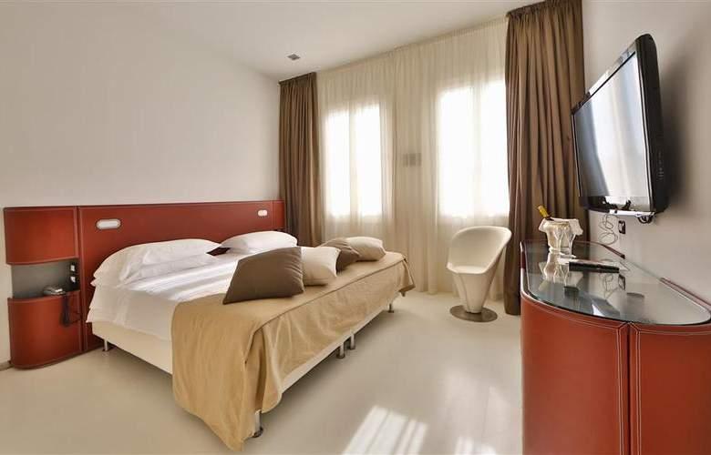 Biasutti - Room - 21
