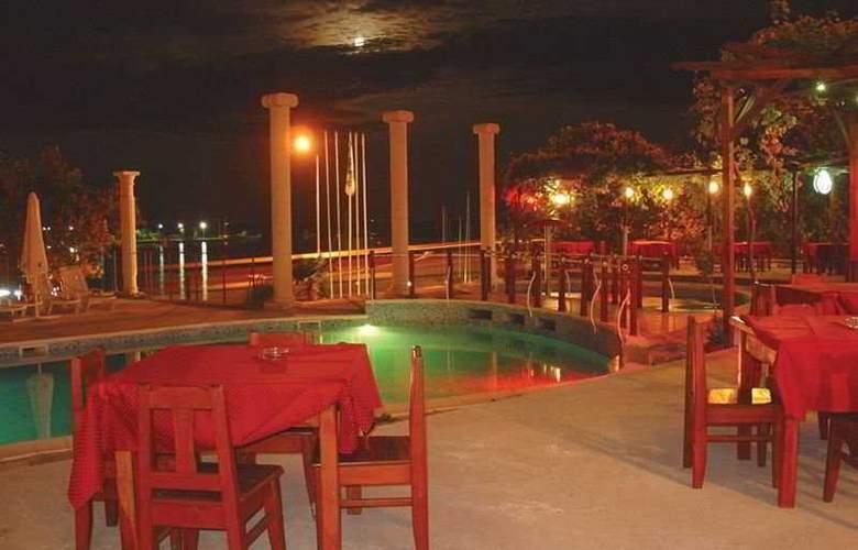 Menabria Nessebar - Restaurant - 4