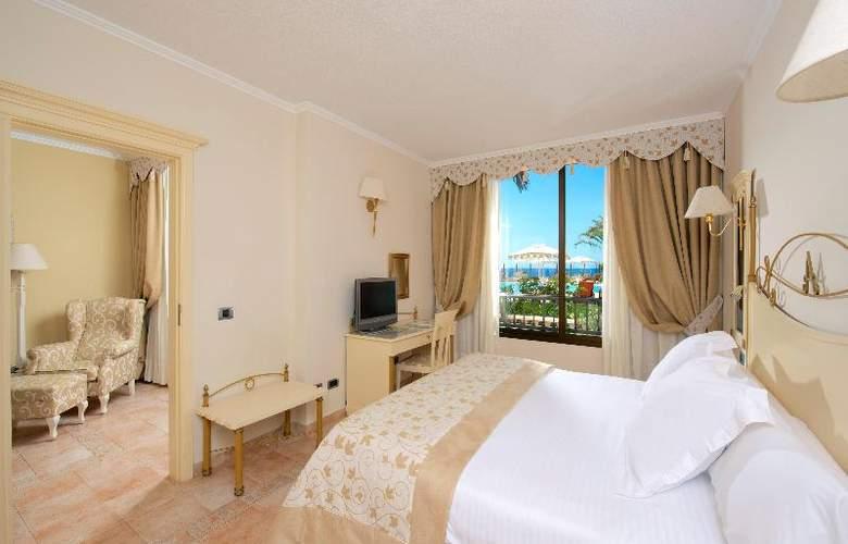 Iberostar Grand Hotel Salome - Solo Adultos - Room - 17