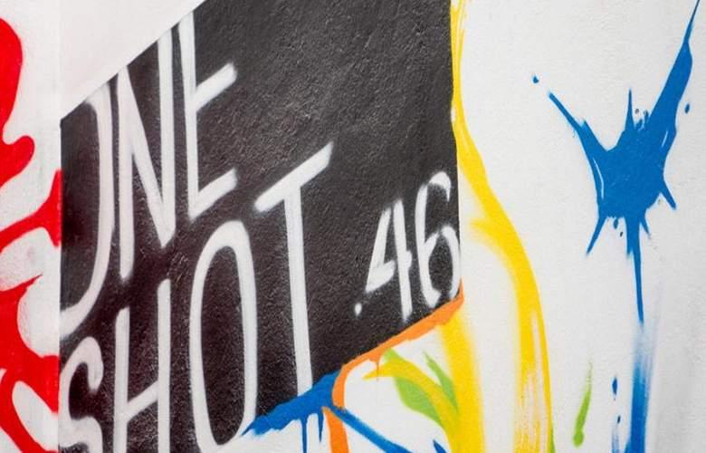 One Shot Colon 46 - Room - 15