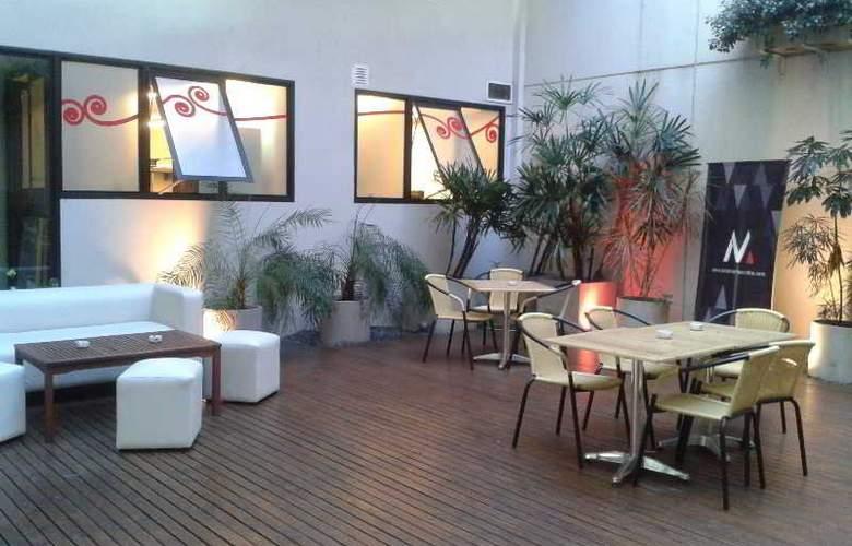 Monserrat Apart Hotel - Bar - 17