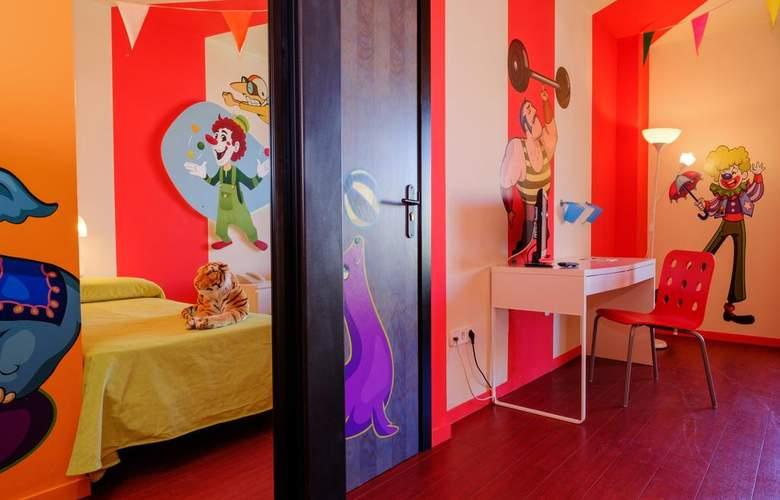 Estival Islantilla - Room - 9