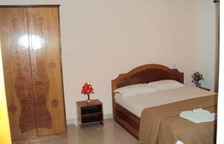 Nikita Residency - Room - 2