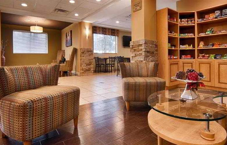 Best Western Plus Newport News Inn & Suites - Hotel - 11