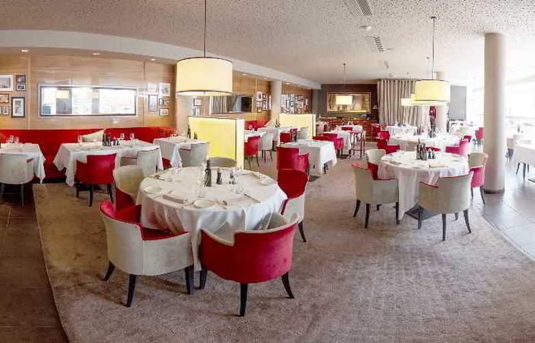 Starling Geneva Hotel & Conf Center - Restaurant - 6