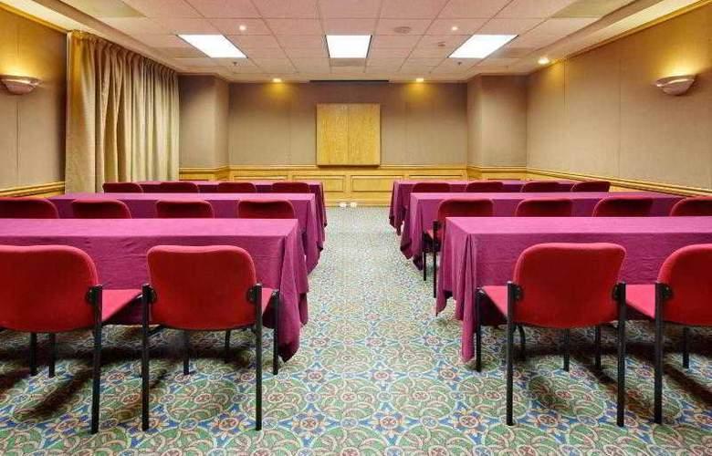 Holiday Inn Express Ciudad Victoria - Conference - 22