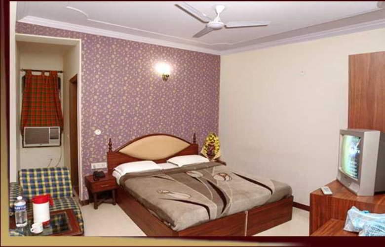 Ivory Palace - Room - 10