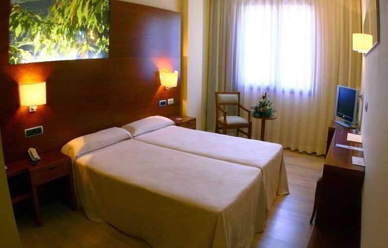 Balneario Valle del Jerte - Room - 0