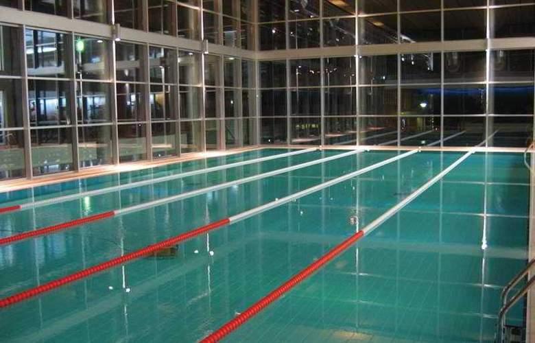 Lagoas Park - Pool - 6