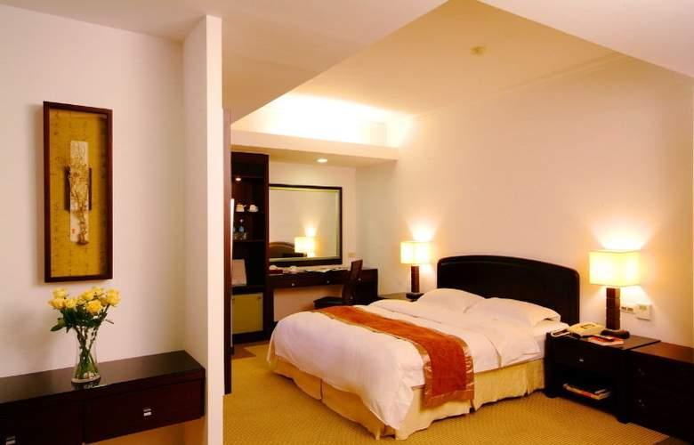La Plaza - Room - 6