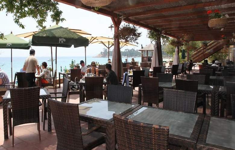 Cavaliere Sur Plage - Restaurant - 15