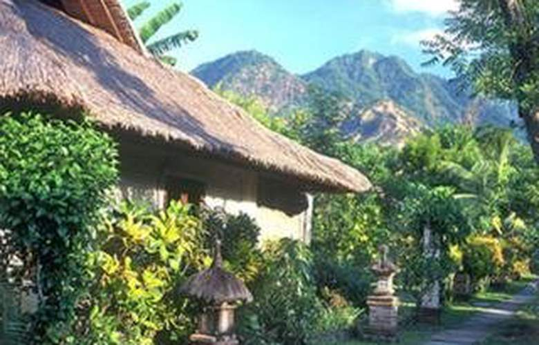 Pondok Sari Beach Bungalow - Hotel - 0