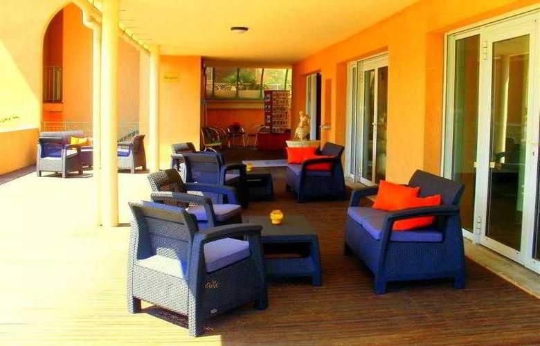 Best Western Soleil et Jardin Sanary - Hotel - 18