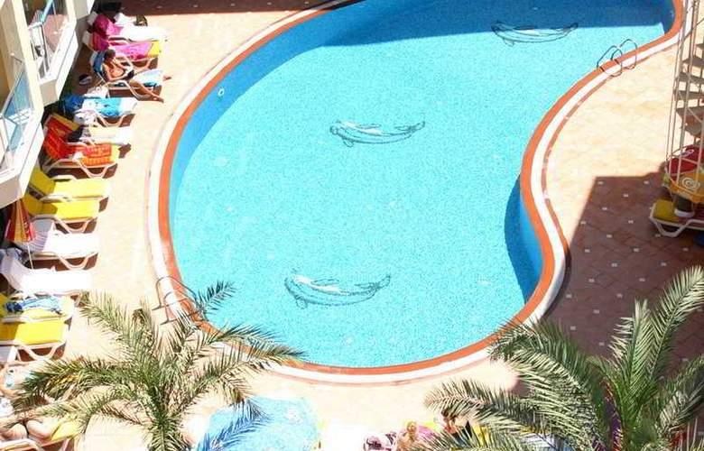 Sultan Sipahi Resort - Pool - 3