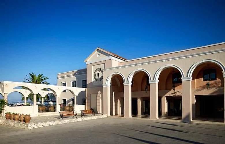 Mitsis Roda Beach Resort & Spa - Hotel - 9