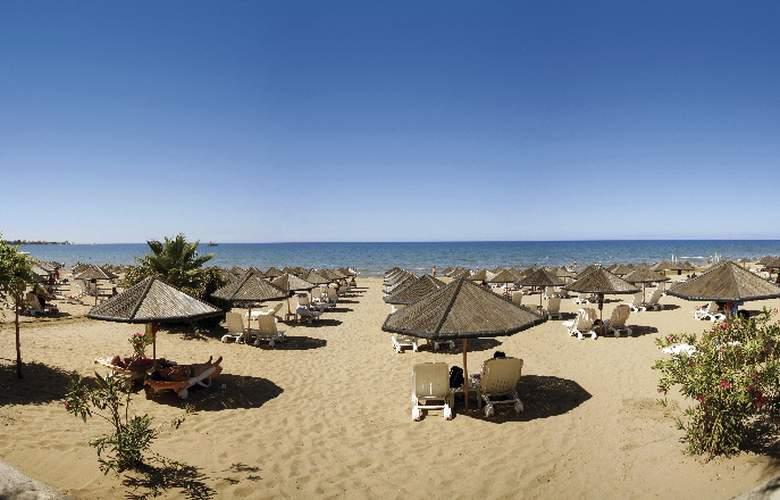 Defne Defnem Hotel - Beach - 4