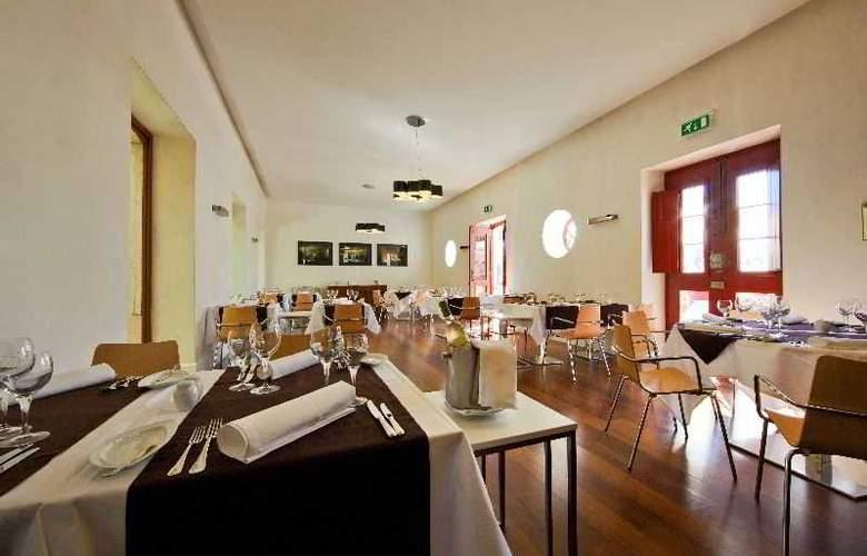 Pousada de Faro - Estoi Palace Hotel - Restaurant - 21