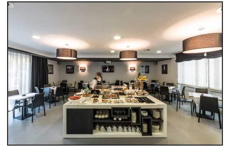 JFK hotel - Restaurant - 24