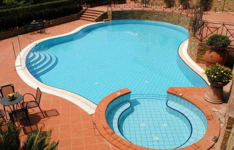 UNAHOTELS Palazzo Mannaioni Toscana - Pool - 6