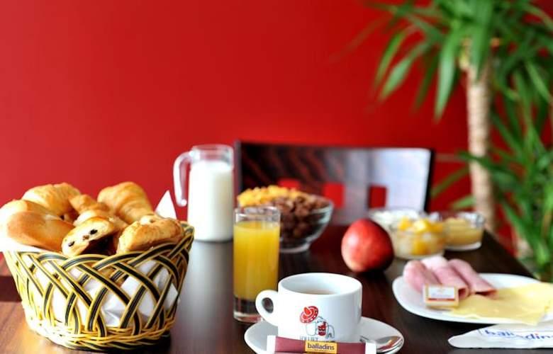 Balladins Roissy Charles de Gaulle Saint-Mard  - Meals - 5