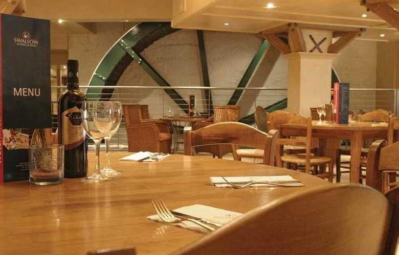 Waterwheel Inn Hotel - Restaurant - 7