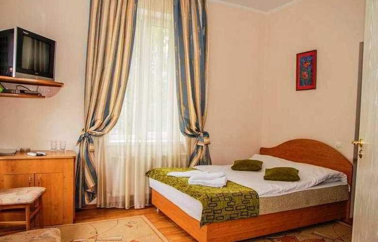 Vila Iris - Room - 8