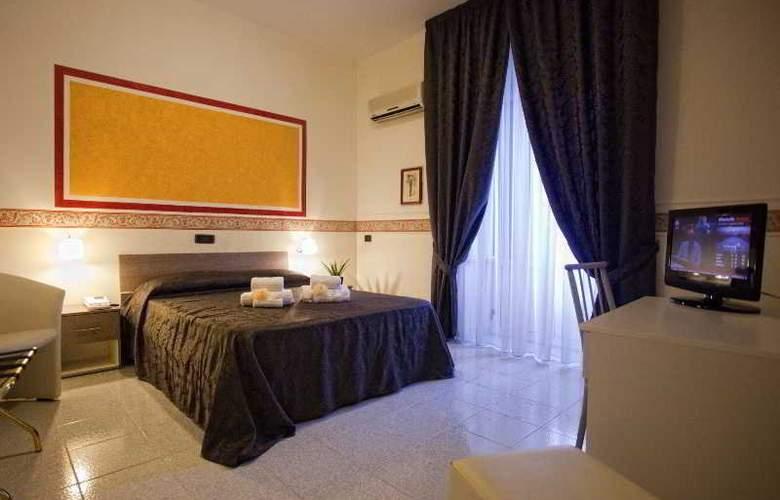 Vergilius Billia - Room - 18