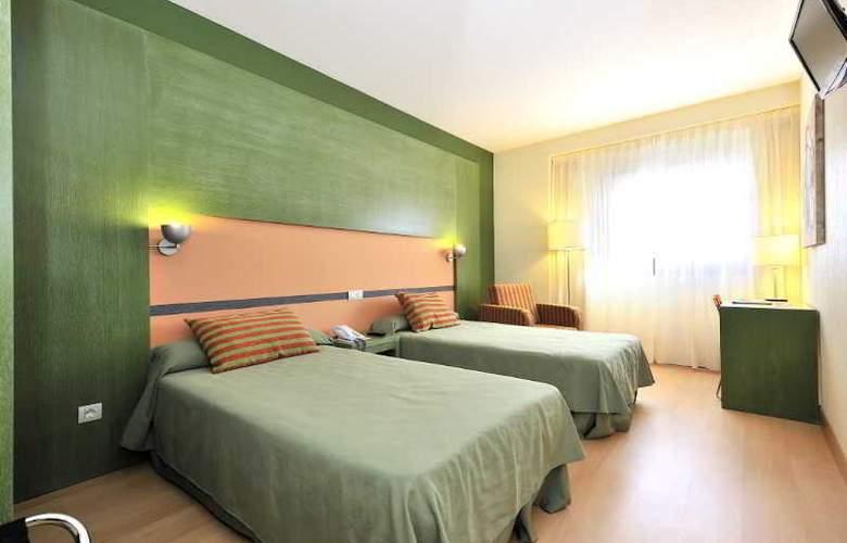Sercotel Naval - Hotel - 4