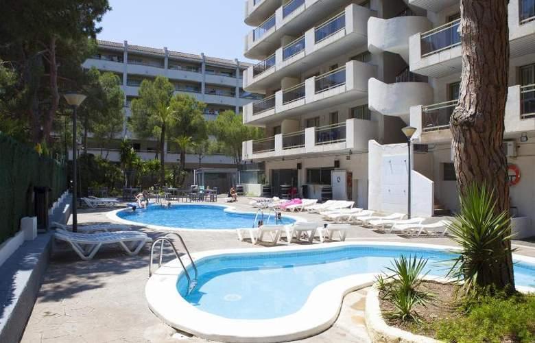 Mediterranean Suites - Pool - 8