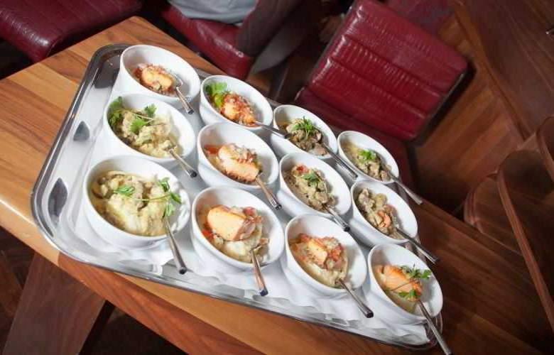 Pembroke Hotel - Restaurant - 19