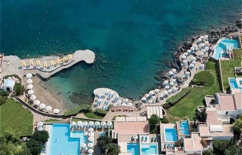 Saint Nicolas Bay - Hotel - 0