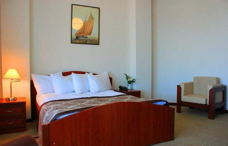 Cruise - Room - 10