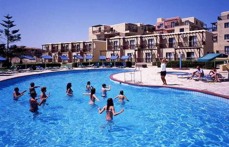 De Costa Bay - Pool - 1