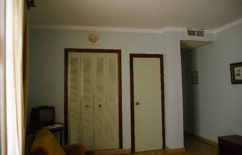 Sierra Aracena - Room - 30