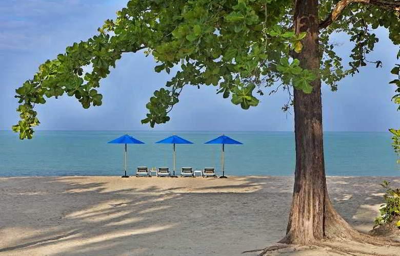 Manathai Khao Lak - Beach - 17