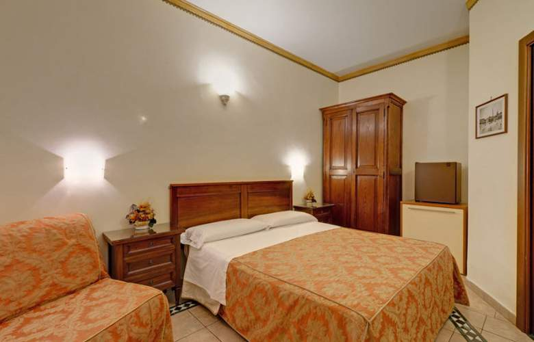 Robinson - Room - 4