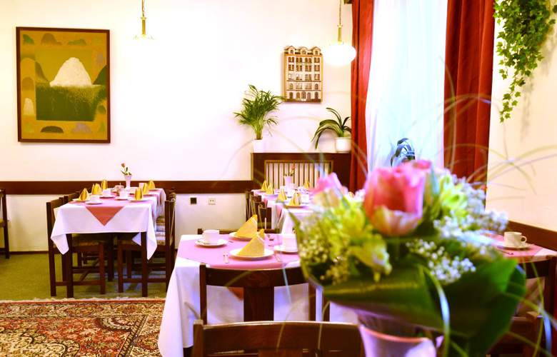 Ostas - Restaurant - 3