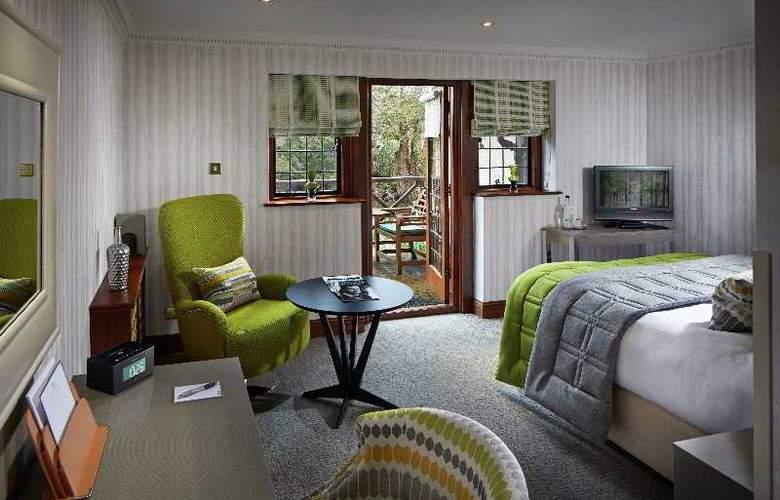 Langshott Manor - Room - 11