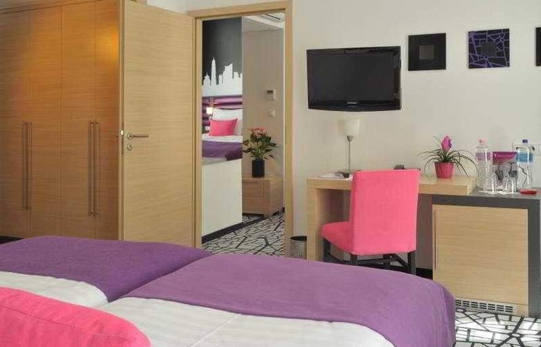 Cosmo City Hotel - Room - 6