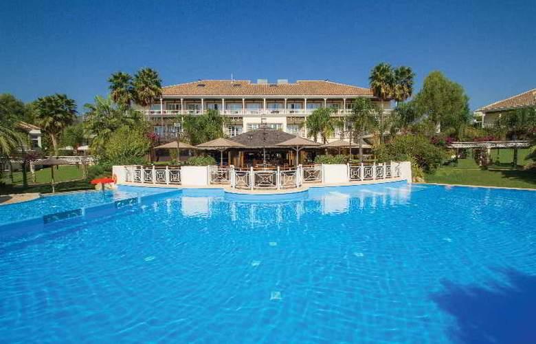 Lindner Golf & Wellness Resort Portals Nous - Pool - 2