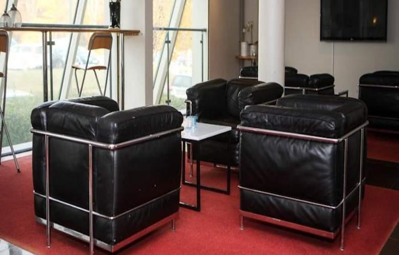 Quality Hotel Prisma - Hotel - 3