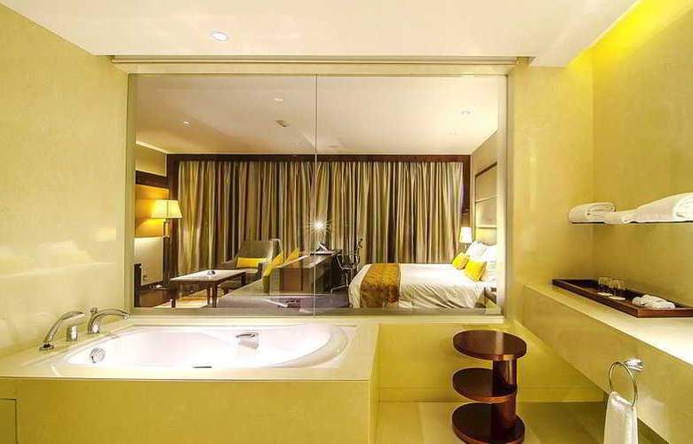 Crowne Plaza Kochi - Room - 13