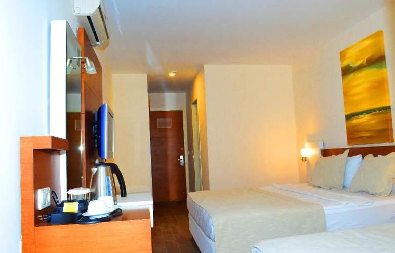 Sunbird Apart Hotel - Room - 19