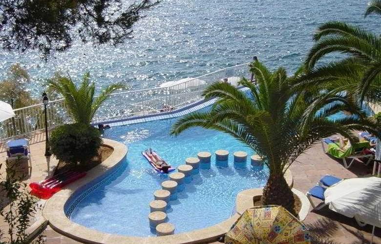 Roc Illetas - Pool - 5