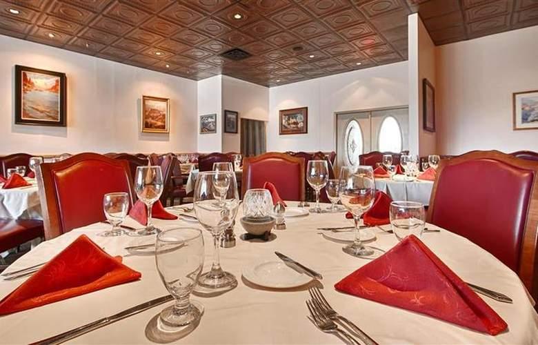 Best Western Premier Grand Canyon Squire Inn - Restaurant - 149
