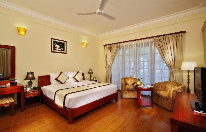 Golden Coast Resort & Spa - Room - 5