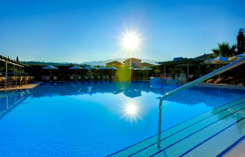 Avithos Resort - Pool - 8