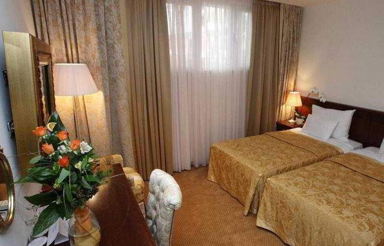 Hotel Globo - Room - 0