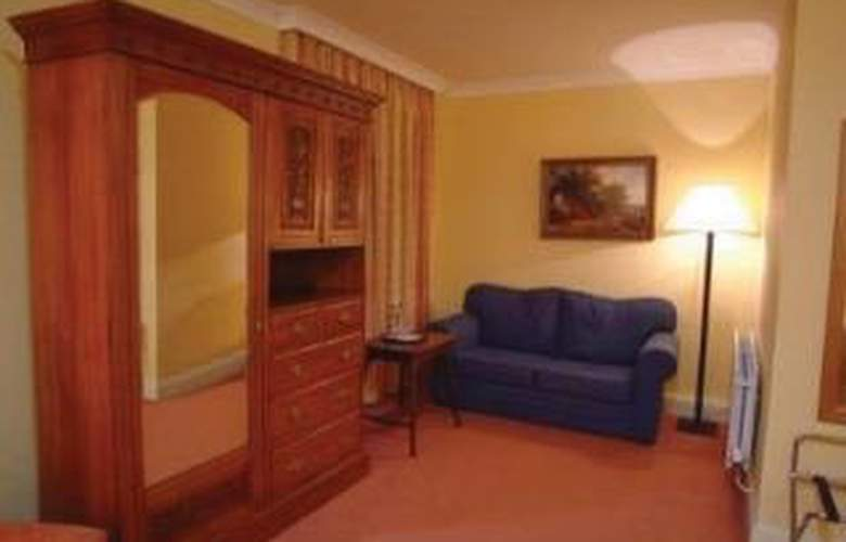 Blarney Castle - Room - 2