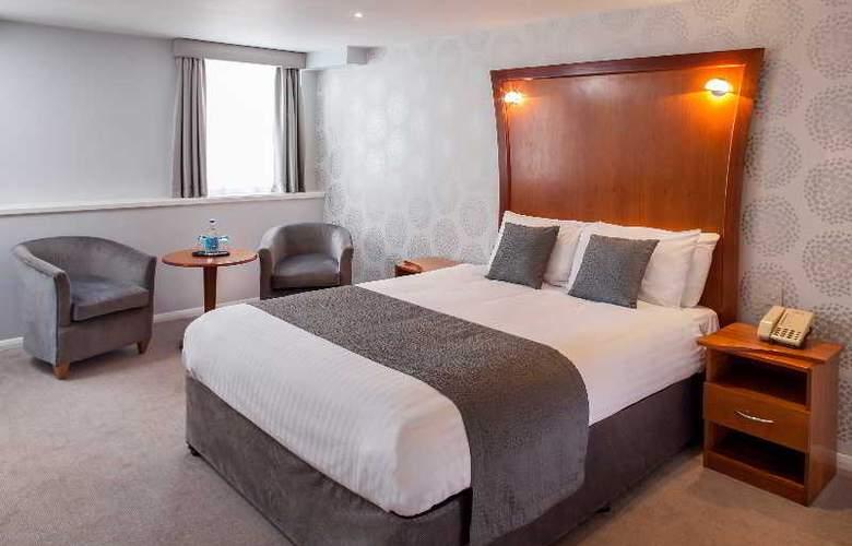 Corus Hyde Park - Room - 13